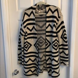 Large black and cream geo pattern Roxy sweater
